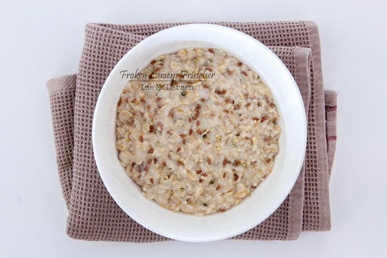 Havregrøt med lin- og hampfrø-3-CLFL