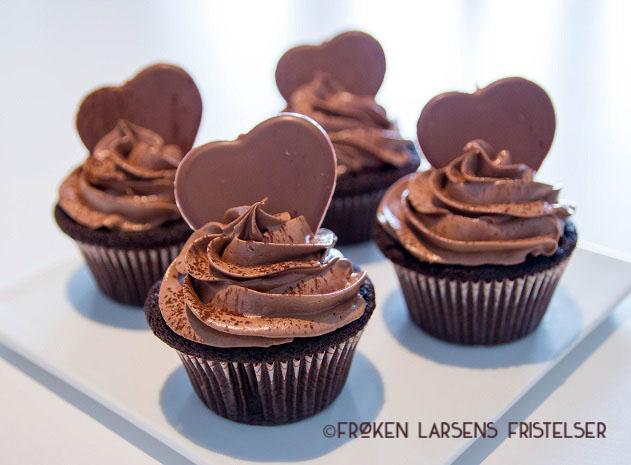 Sjokolade cupcakes med fluffy nutella frosting-1 - CFLF (1)